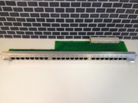 NPPAB Patchpaneel 24 aansluitingen S30807-Q6622-X